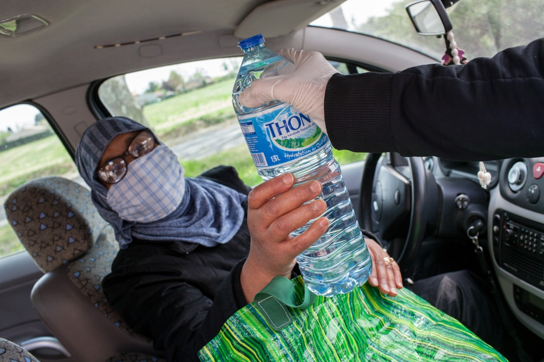 FRANCE - SOCIAL ISSUES - THE DRIVE SOLIDIARY - FOOD DISTRIBUTION